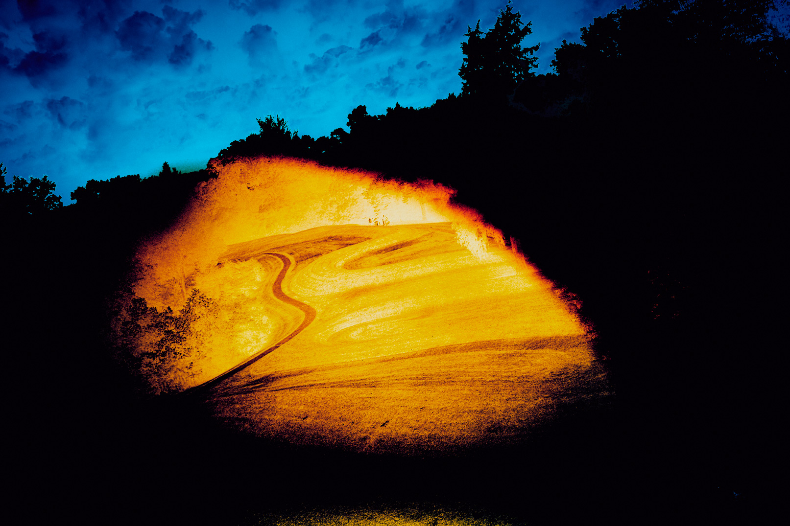 Serpent-Mound-Zachary-Bako-1